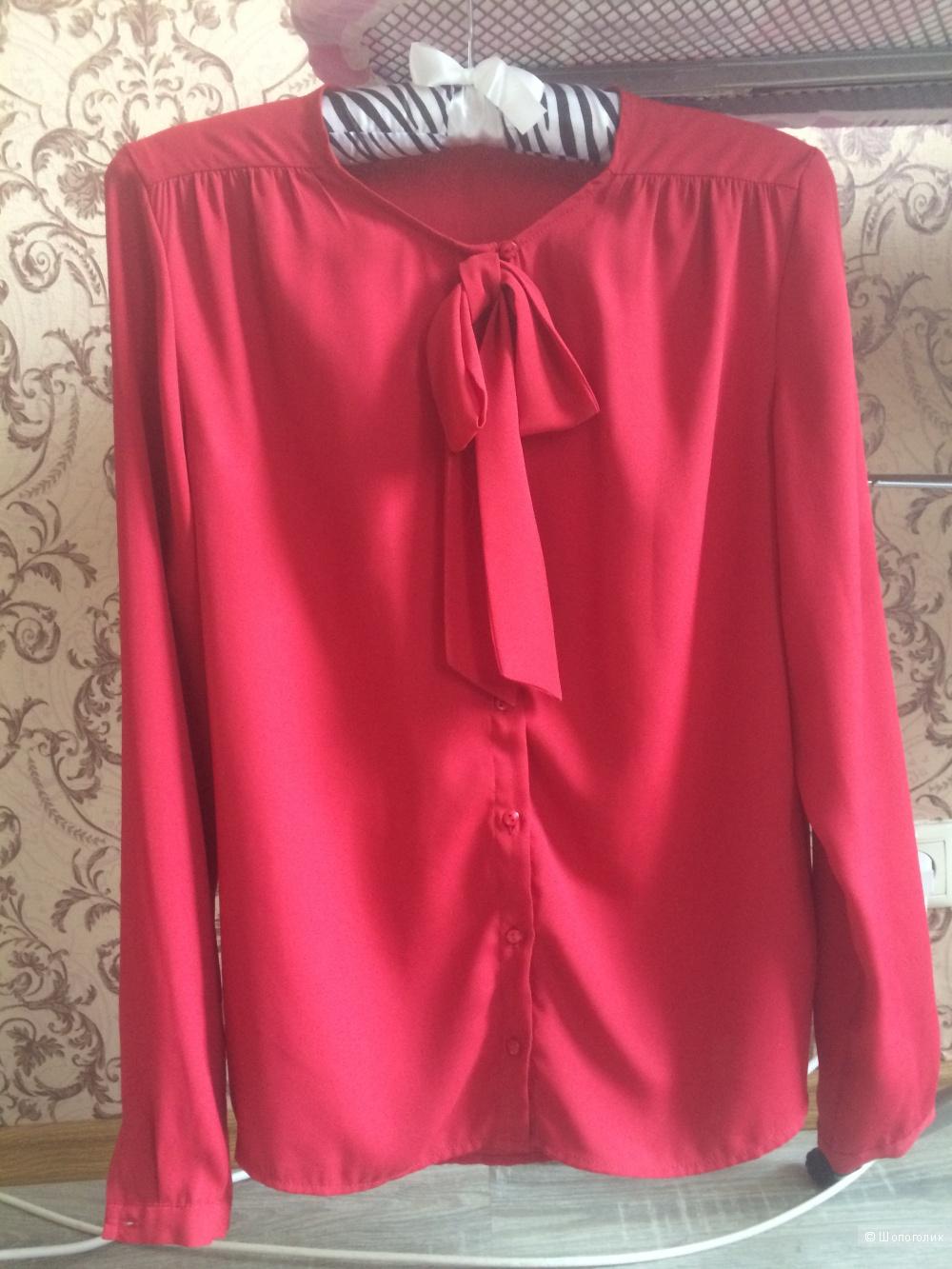 Красная блузка с бантом, фирма Mohito, 42 размер