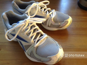 Reebok кроссовки 39 размер