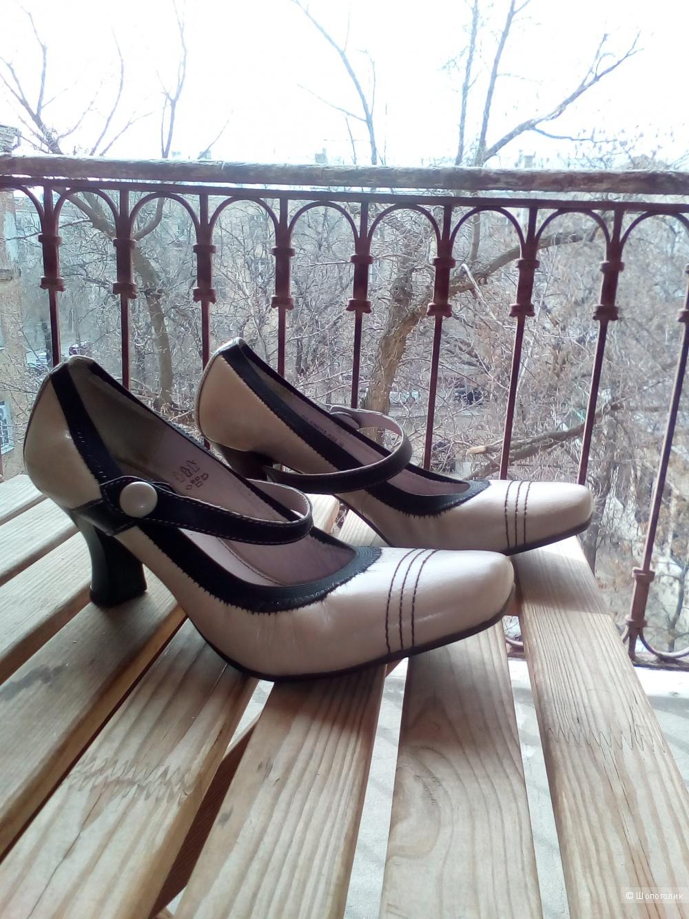 Туфли CHESTER,модель Мэри Джейн,39