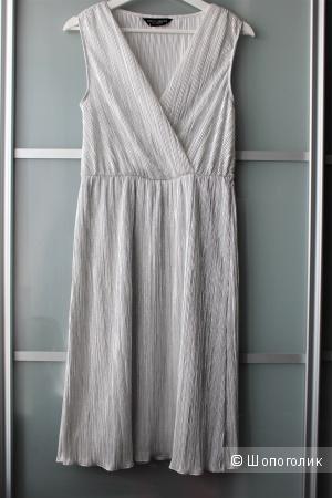 Платье гофре под металлик ( Dorothy Perkins) р-р s-m