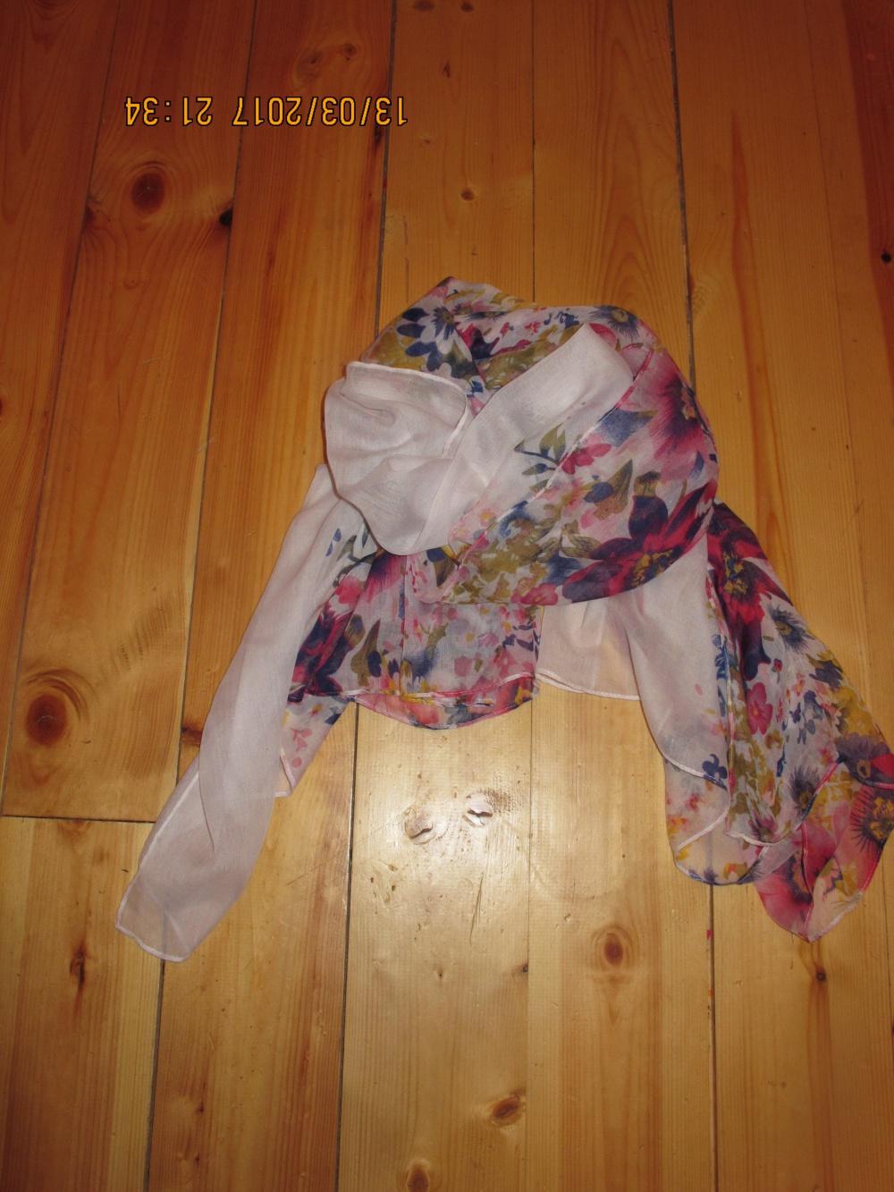 Летний шарф-палантин новый  180*60