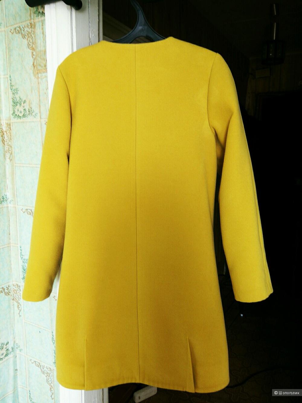 Качественное демисезонное пальто с большим содержанием шерсти по очень привлекательной цене! + подарок при покупке