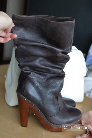 Новые кожаные сапоги р-р 39