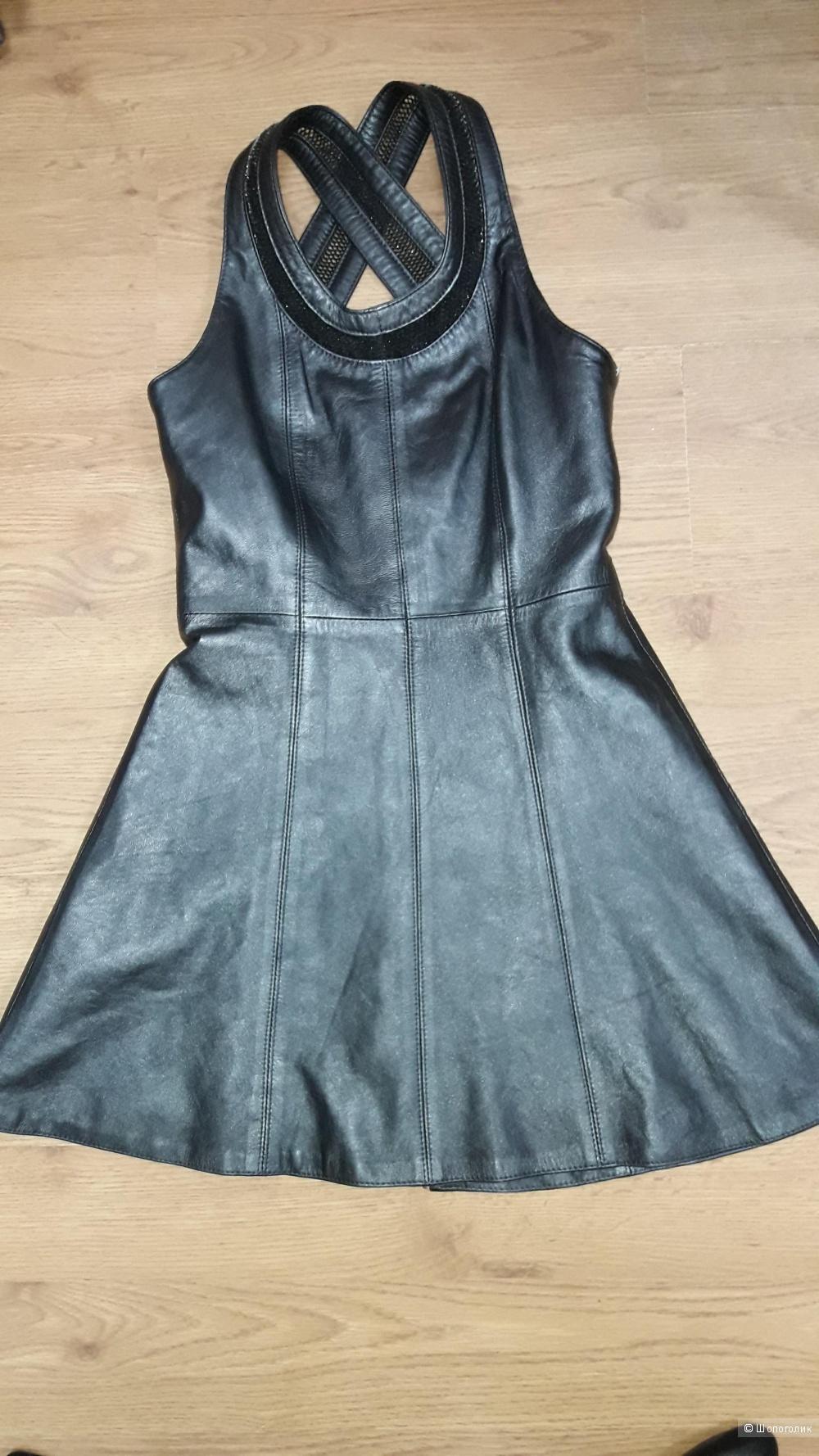 Кожаное платье-сарафан 42 размера.