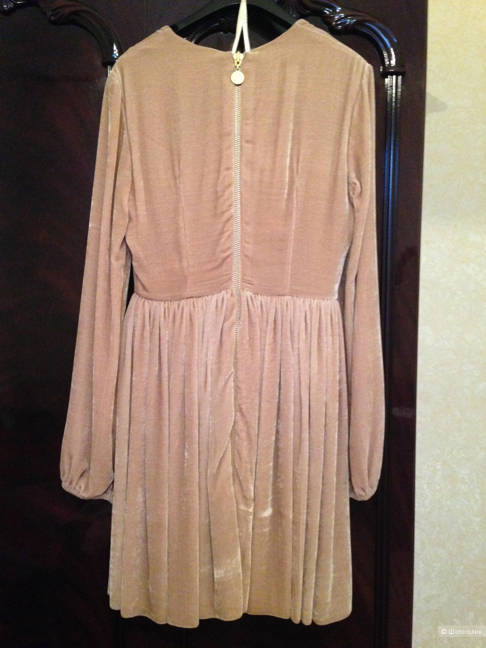 Платье велюровое Maria Lucia hohan