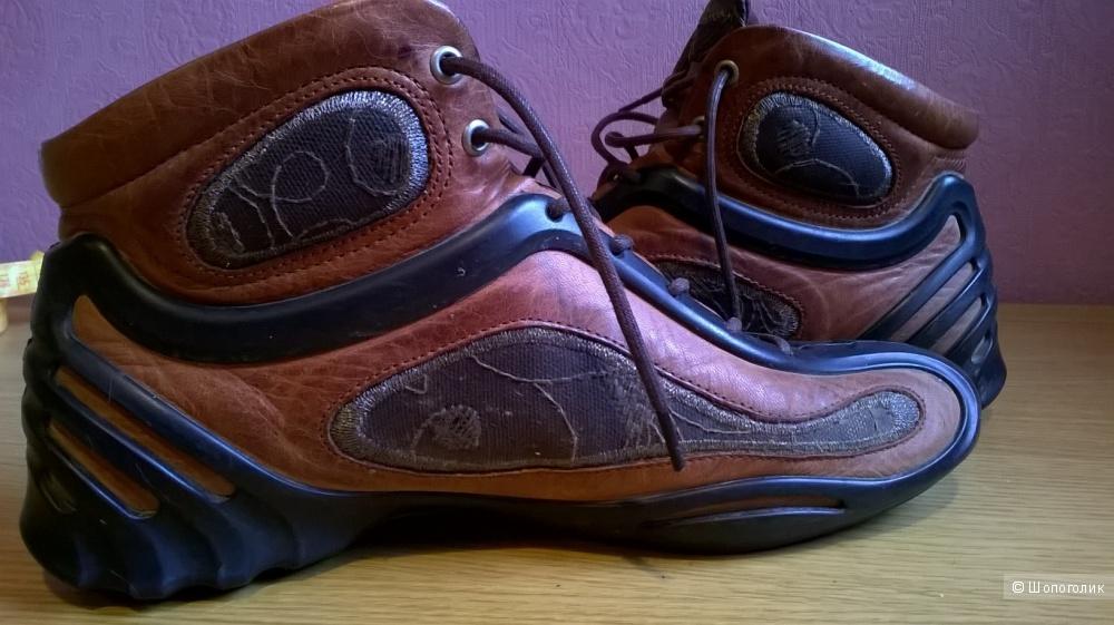 Необычные кожаные туфли ботинки ECCO 37 размер