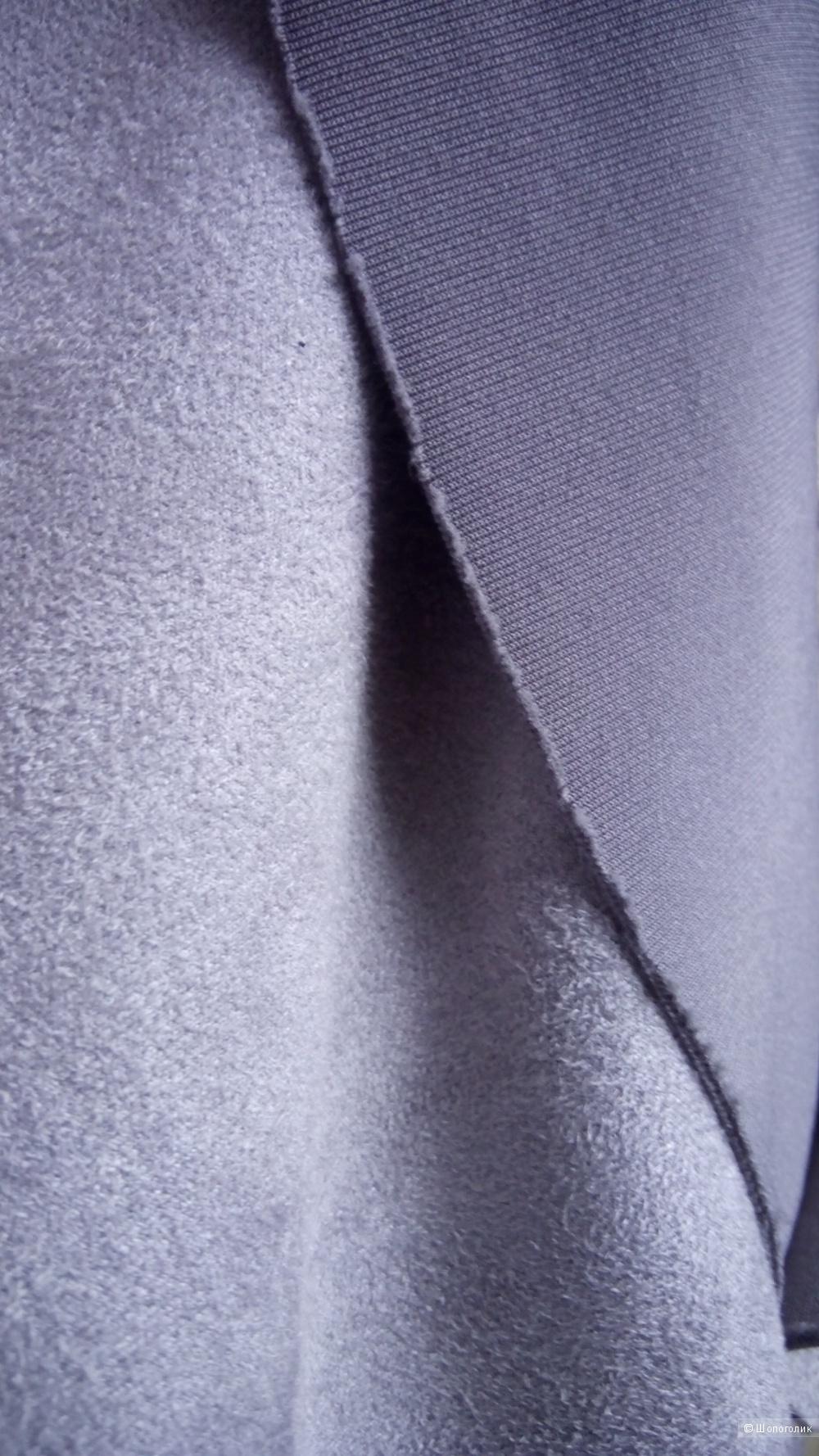 Красивое платье из Италии,под замш,светло-серого цвета, размер М, бренд Beauty&Pretty