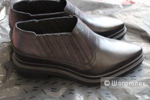 Сникерсы туфли на весну-лето-осень фирмы Zara Зара размер 41 новые