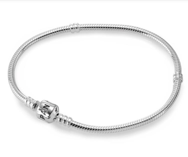 Новый браслет Pandora 19 р-р