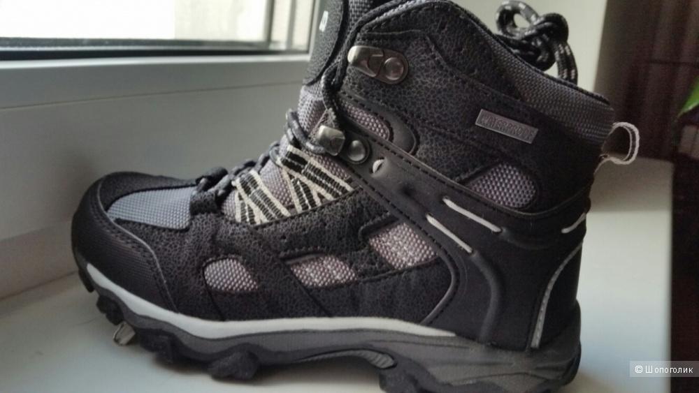 Новые ботинки деми р-р 31 (20 см)