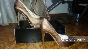 Новые туфли Colin Stuart