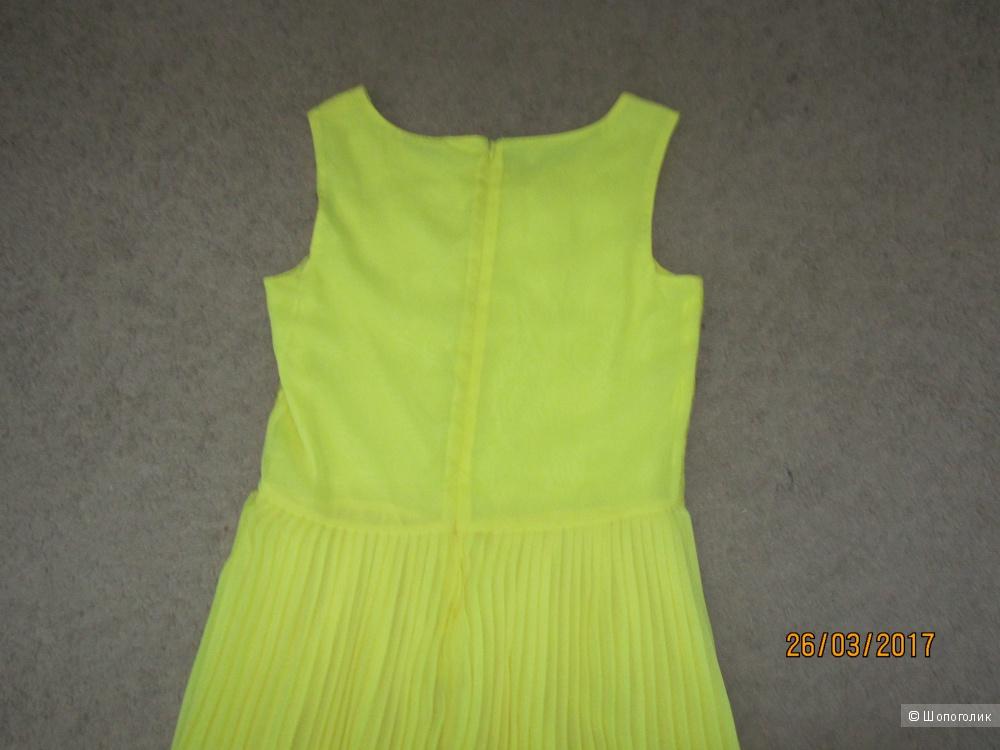 Новое платье для девочки на рост 164 из магазина S&A