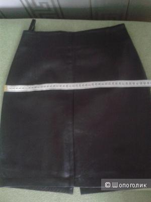 Черная кожаная юбка-карандаш 44 размер.