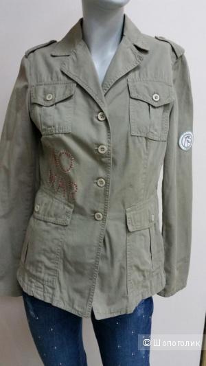 Итальянский пиджак милитари 42 р-р русс.
