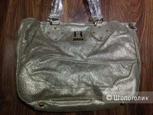 HALSTON HERITAGE вместительная замшевая золотая сумка  Новая.Оригинал