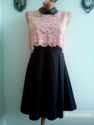 Платье нарядное верх кружево Италия размер 46