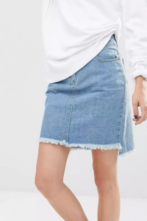 Джинсовая юбка-трапеция с асимметричной необработанной кромкой Liquor & Poker цвета индиго размер UK6