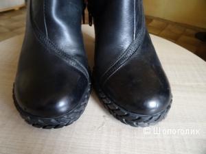Сапоги демисизонные Corso Como чёрные, кожа, размер 39, б/у