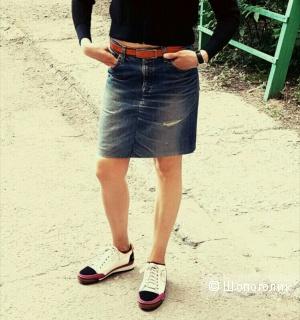 Джинсовая юбка Levis, мало б/у, размер S