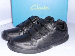 Новые кроссовки Clarks на мальчика, 26 размер