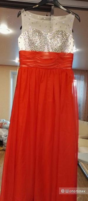Платье красное  вечернее в пол