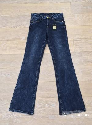 Новые джинсы Sfera