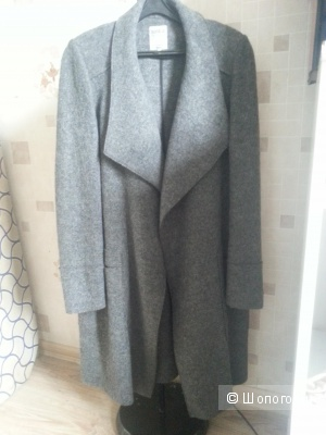 Пальто Zara серое размер М