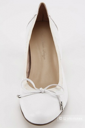 Новые белые туфли 41 размер