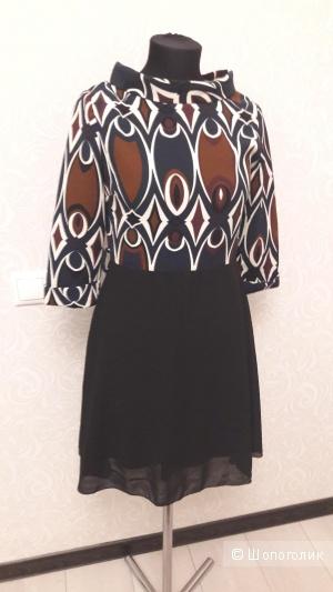 Оригинальное итальянское платье в стиле 60х