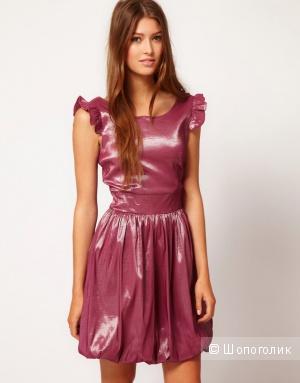 Новое платье цвета розовый-металлик М