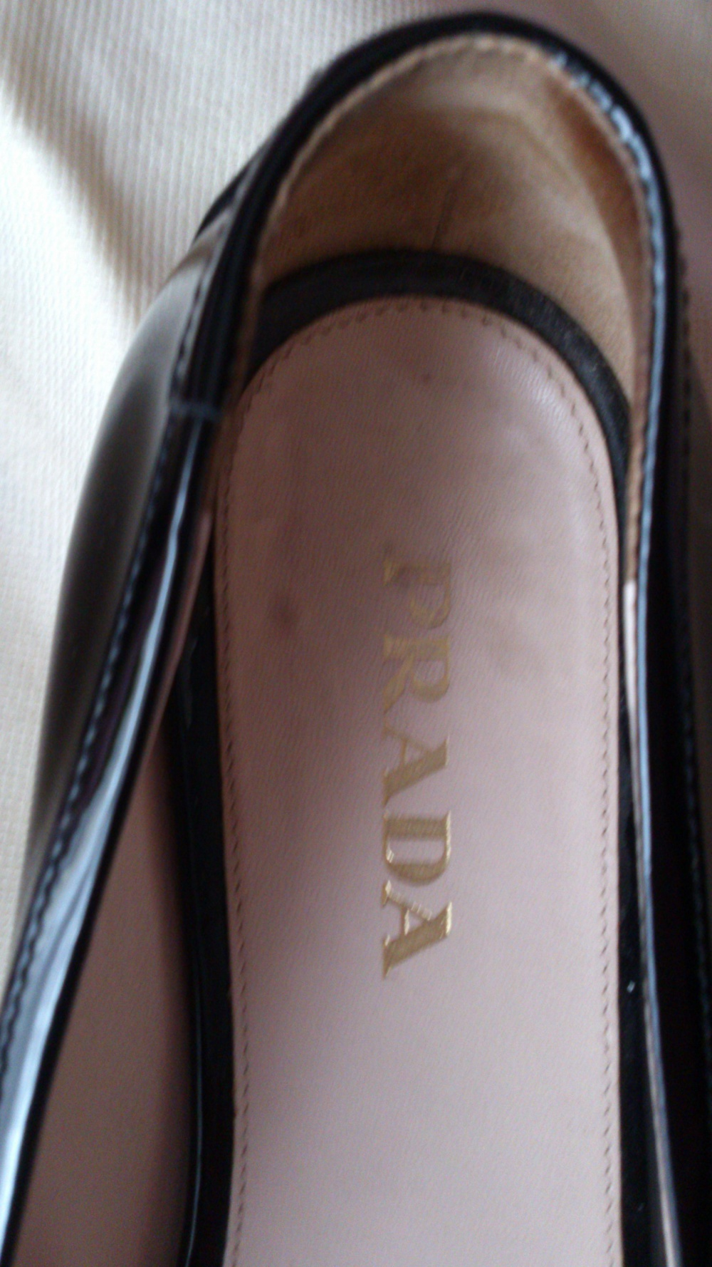 Туфли (балетки) PRADA, лакированные, размер 7 1/2, Италия