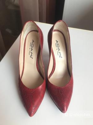 Туфли лодочки Adami  35 размер кожаные