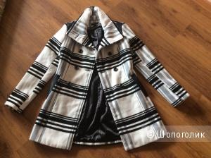Новое двубортное пальто размер s BCX