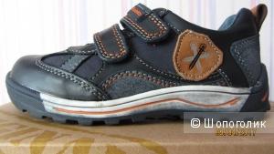 П/ботинки для мальчика канадской фирмы Beeko размер 25 новые