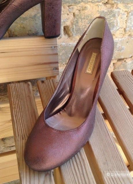 """Туфли 39 размер из кожи с эффектом""""глиттер"""""""