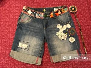 Шорты джинсовые  Desigual 26 размер