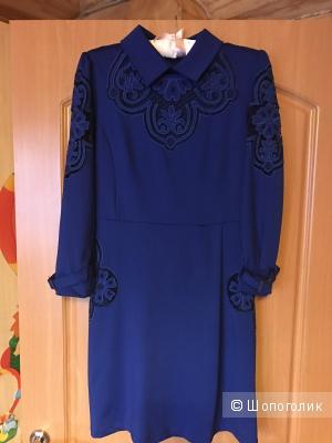 Стильное платье р.44