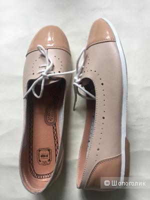 Новые кожаные балетки-туфли Palazzo Doro
