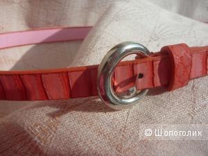 Новый розовый кожаный ремень