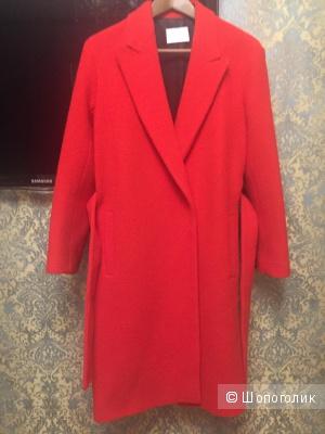 Новое пальто SANDRO Франция. Размер 36.