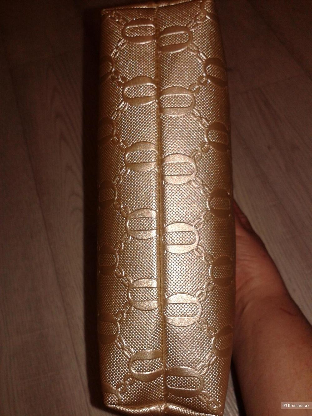 Дамская золотая сумочка