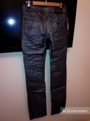 Джинсы  ARMANI Jeans 29 размер новые эксклюзив черный металлик