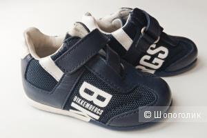 Новые детские кожаные кроссовки Bikkembergs (Биккембергс), р. EUR19