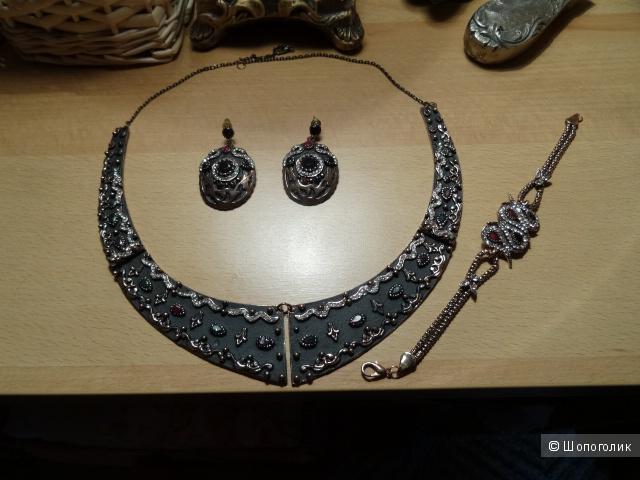 Набор бижутерии в восточном стиле, металл под бронзу, б/у