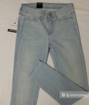 Новые оригинальные джинсы Calvin Klein размер US8 (46 русский)