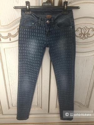 Новые джинсы размер XS