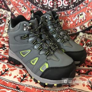 Новые детские ботинки Deer Stags (США)