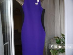 Платье-футляр Prive с вставками по бокам, размер 40-42, б/у