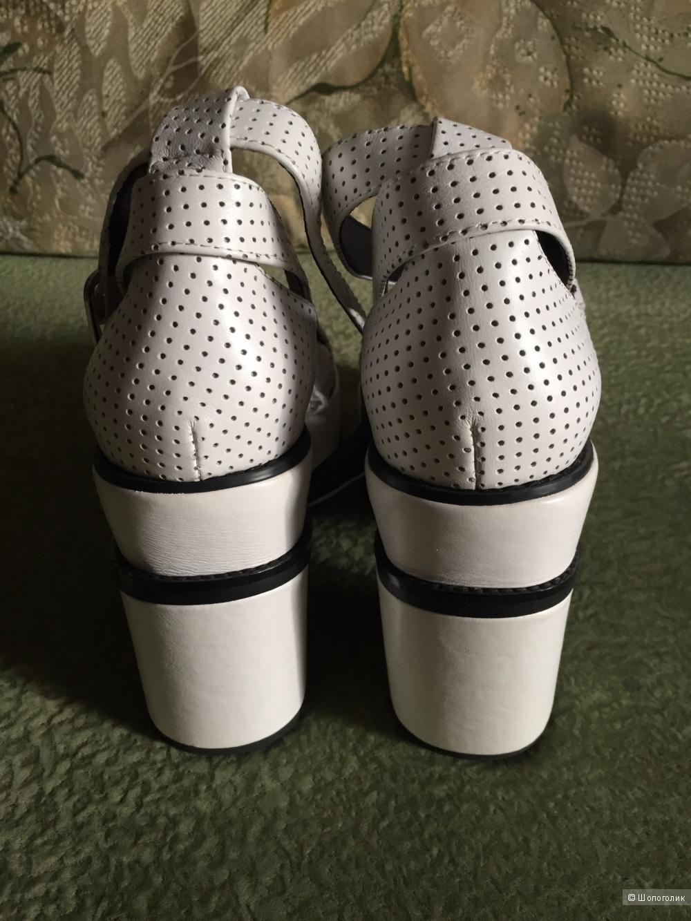 Новые ультрамодные белые босоножки Yes оригинал нат.кожа на 36-37