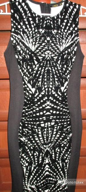Платье женское 42-44 размер новое